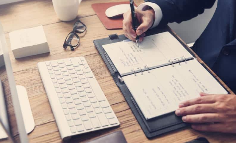 מה הקשר בין מיתוג וכתיבה שיווקית?