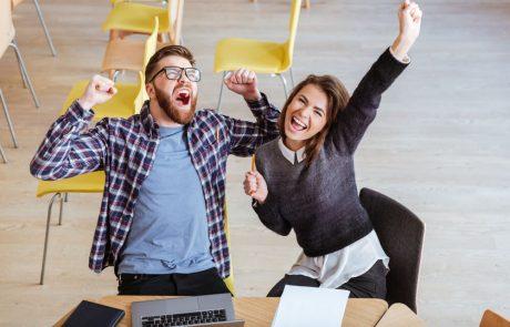 מה הקשר בין כתיבה שיווקית וקידום אתרים ?